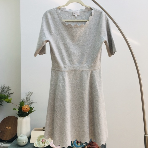Milly Dresses & Skirts - MILLY Heather Gray Scallop Ballet Fit &Flare Dress